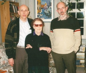 Elisabeth with her two sons Ole (left) and Nils (right)